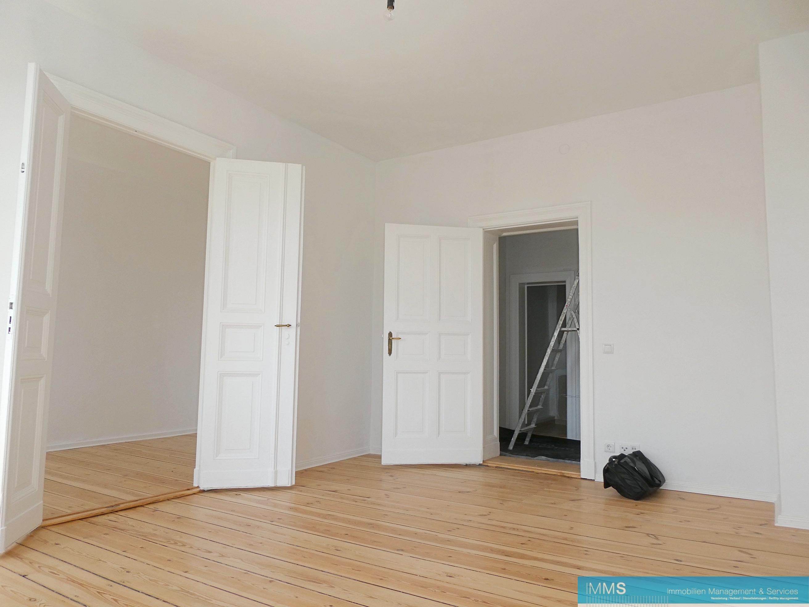 Obj. Nr. 01180805   Wohnzimmer Zum Flur