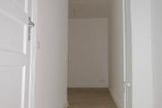 Obj.-Nr. 04190103 - Flur zum Wohnzimmer