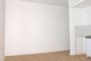 Obj.-Nr. 04190103 - Wohnzimmer zum Flur