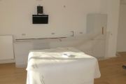 Obj.-Nr. 04191017-18 - Wohnzimmer offene Küche mit EBK
