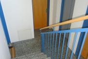 Obj.-Nr. 04200106 - Treppenhaus zum Wohnungseingang