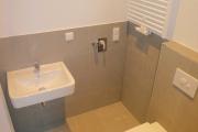 Obj.-Nr. 04200110 - Duschbad WC-Waschbereich