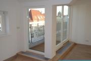 Obj.-Nr. 04200201 - Dachterrasse vor Kueche Suedost