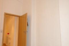 Obj.-Nr. 04200804 - Wohnzimmer zum Flur