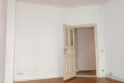 Obj.-Nr.-04200903-Wohnzimmer-zum-Flur