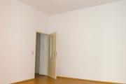 Obj.-Nr. 05200301 - Wohnzimmer zum Flur
