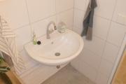 Obj.-Nr.-07210902-Waschbereich-im-WC