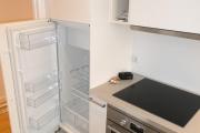 Obj.-Nr. 09190307 - Küche Kühlschrank und Herd