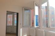 Obj.-Nr. 11180804 - Wohnzimmer Fenster-Fronten