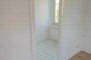 Obj.-Nr. 11190804 - Wohn- Schlafzimmer Blick zur Küche