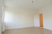 Obj.-Nr. 11190804 - Wohn- Schlafzimmer zum Flur