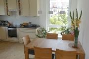 Wohnküche Essbereich zum Fenster - Obj.-Nr. 11200702