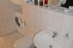 Obj.-Nr. 11200803 - Wannenbad WC Waschbereich