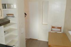 Obj.-Nr. 11200901 - Küche zum Flur