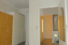 Obj.-Nr. 11200901 - Schlafzimmer zum Flur