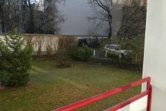 Obj.-Nr.-11210103-Balkon-Ausblick-Garagen