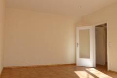 Obj.-Nr.-11210208-Wohnzimmer-zum-Flur