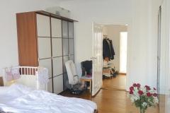 Obj.-Nr.-11210212-Schlafzimmer-zum-Flur