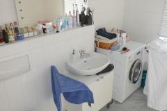 Obj.-Nr.-11210212-Wannenbad-WC-Waschbereich