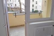 Obj.-Nr. 12200111 - Balkon-Austritt