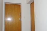 Obj.-Nr.-12210903-Treppenhaus-zur-Wohnung