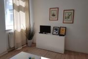 Obj.-Nr. 14200402 - TV zum Fenster