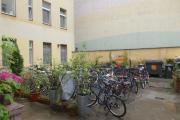 Obj.-Nr. 14200701 - Innenhof Fahrräder