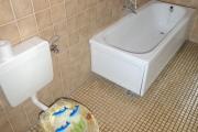 Obj.-Nr. 14200701 - Wannenbad Wanne WC