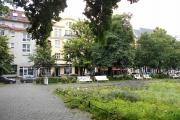 Obj.-Nr. 15191204 - Hausansicht Vorplatz