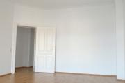 Obj.-Nr. 15200101 - Wohnzimmer zum Flur
