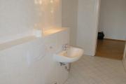 Obj.-Nr. 15200204 - Wannenbad WC-Waschbereich