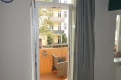 Obj.-Nr.-15210404-Balkon-Austritt