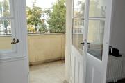 Obj.-Nr.-15211001-Balkon-Austritt