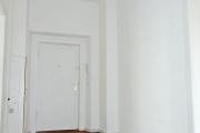 Obj.-Nr.-15211001-Flur-zum-Eingang