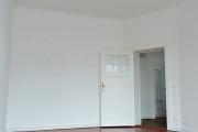 Obj.-Nr.-15211001-Wohnzimmer-zum-Flur