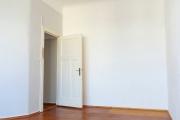 Obj.-Nr. 18190406 - Wohn- Schlafzimmer zum Flur