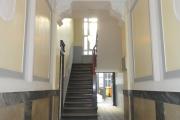 Obj.-Nr. 19190802 - Hauseingangshalle zum Treppenhaus