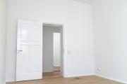 Obj.-Nr.-19210805-Schlafzimmer-zum-Flur