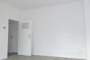 Obj.-Nr. 20190905 - Wohnzimmer zum Flur