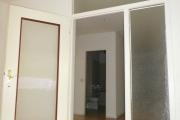 Obj.-Nr. 20191006 - Wohnzimmer Türelement zum Flur
