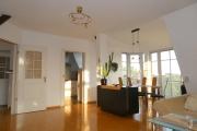 Obj.-Nr. 24190903 - Wohnzimmer zur Küche