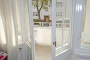 Obj.-Nr. 24191004 - Balkon Austritt