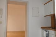 Obj.-Nr. 60190718 - Flur mit Einbauküche