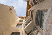 Obj.-Nr. 60200112-19 - Hausansicht Rückfassade mit Balkonen