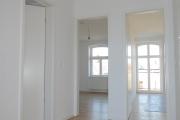 Obj.-Nr. 60200112-19 - Wohnzimmer zum Bad u. Schlafzimmern Bsp