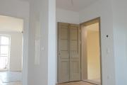 Obj.-Nr. 60200112-19 - Wohnzimmer zum Eingang