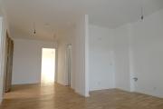 Obj.-Nr. 60200112-19 - Wohnzimmer zur Küche li Bsp