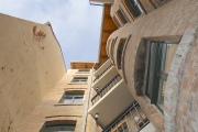 Obj.-Nr.-60200117-Innenhof-Hausfassade