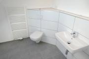 Obj.-Nr. 90200202 - Wannenbad WC
