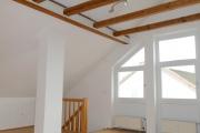 Obj.-Nr.-90210602-Wohnzimmer-zur-Treppe